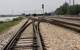 淮南平圩电厂铁路专用线交叉渡线铺设现场